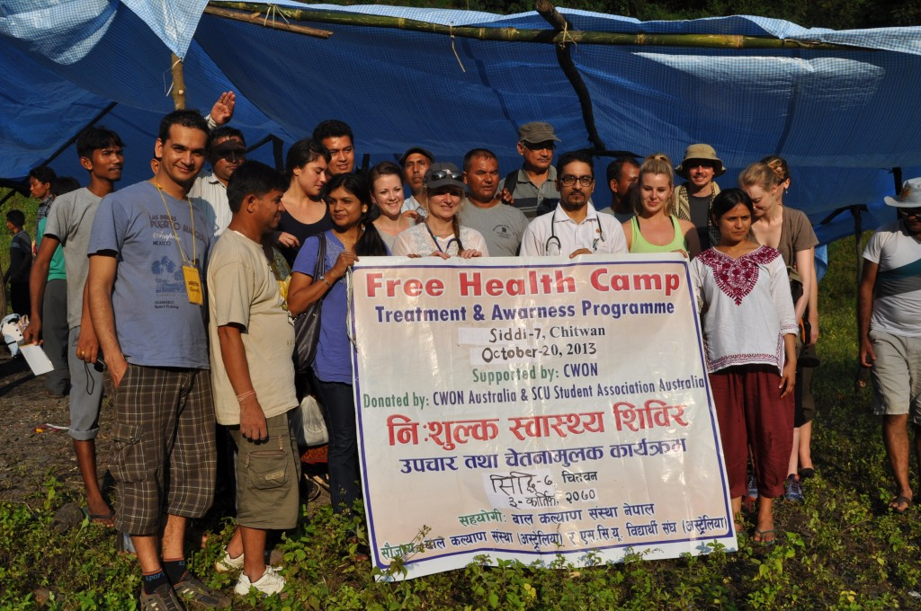 Melbourne University nursing student volunteers in Nepal.